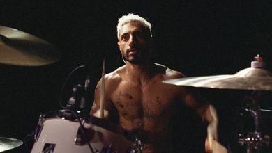 """Photo of Un baterist de heavy-metal și-a pierdut auzul și nu mai poate să se ascundă în spatele cuvintelor. """"Sound of Metal"""", filmul de Oscar cu Riz Ahmed într-un rol strong"""