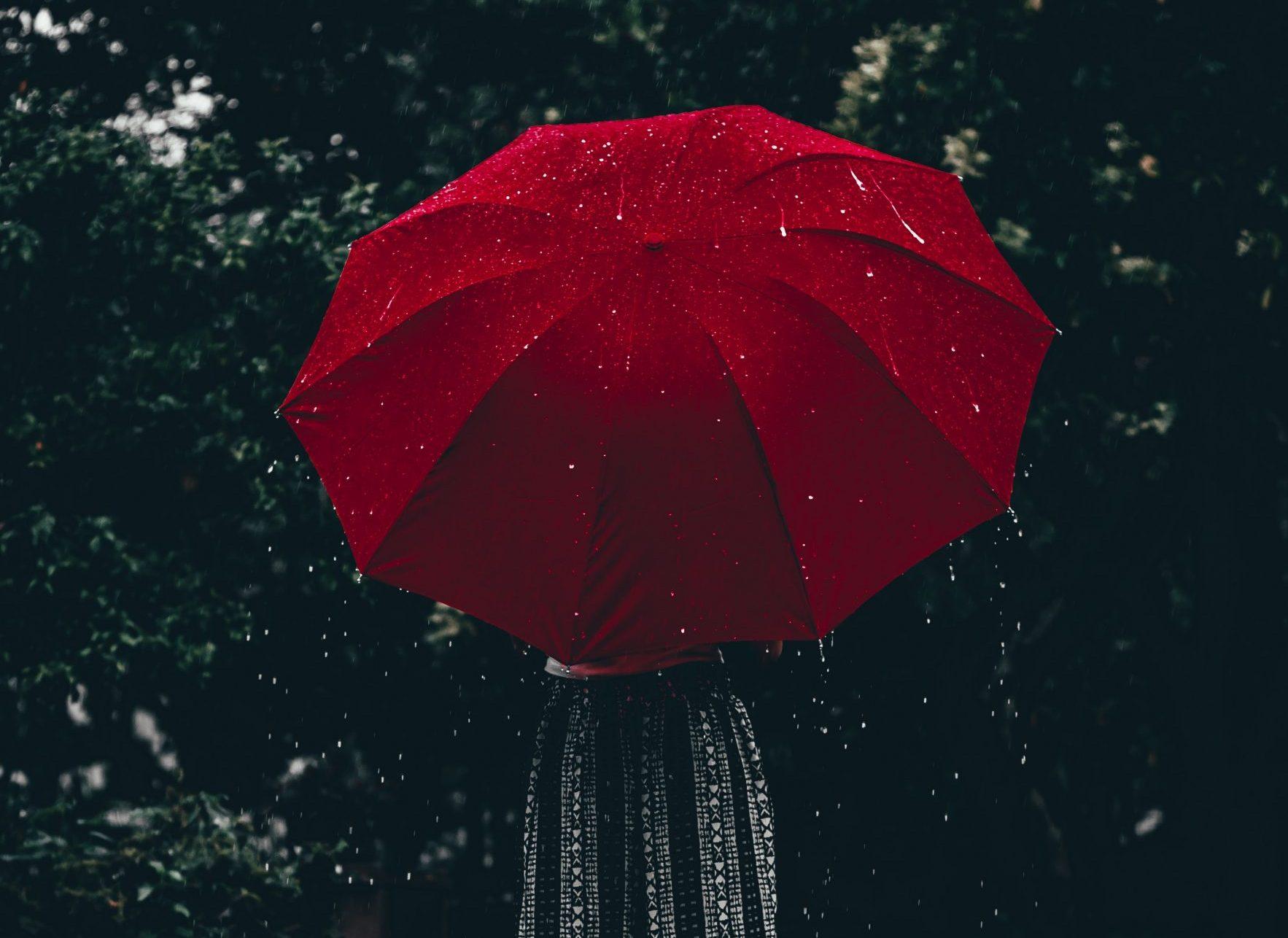 ANM a emis un cod galben de ploi pentru Capitală. Până la ce ora este valabil