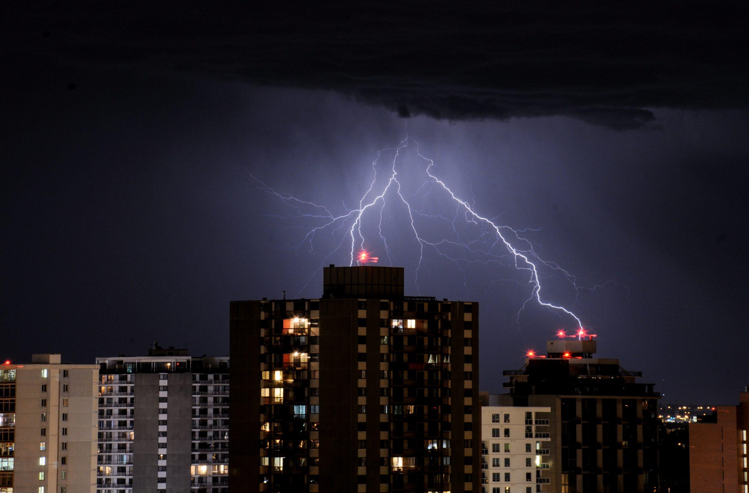 ANM a emis prognoza meteo pentru București. Vremea este instabilă până sâmbătă