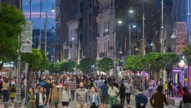Photo of Cum arată orașul oamenilor? Zeci de mii de bucureșteni au lăsat mașinile pentru o seară și au luat centrul Capitalei la pas [GALERIE FOTO]