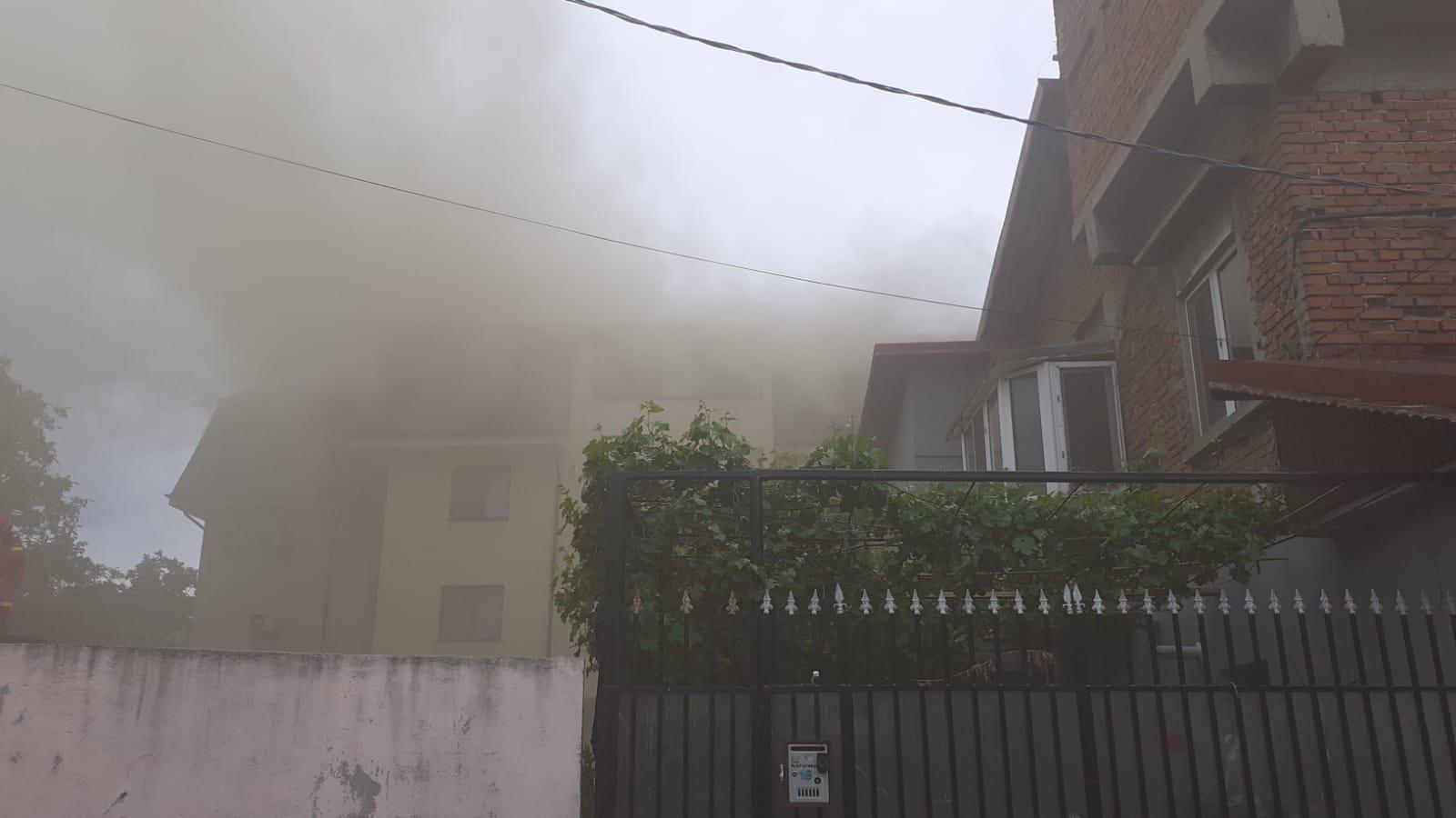 Incendiu în Popești-Leordeni