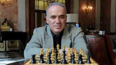 Photo of Marele jucător de șah rus Garry Kasparov participă la Bucureşti la deschiderea turneului Superbet Chess Classic Romania 2021