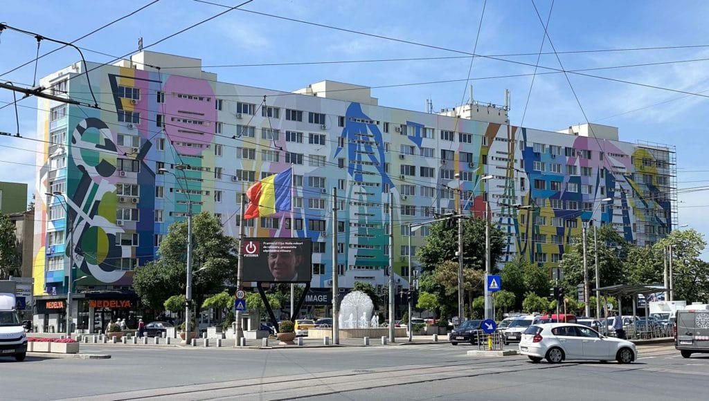 Cea mai mare pictură murală din România este în Sectorul 4