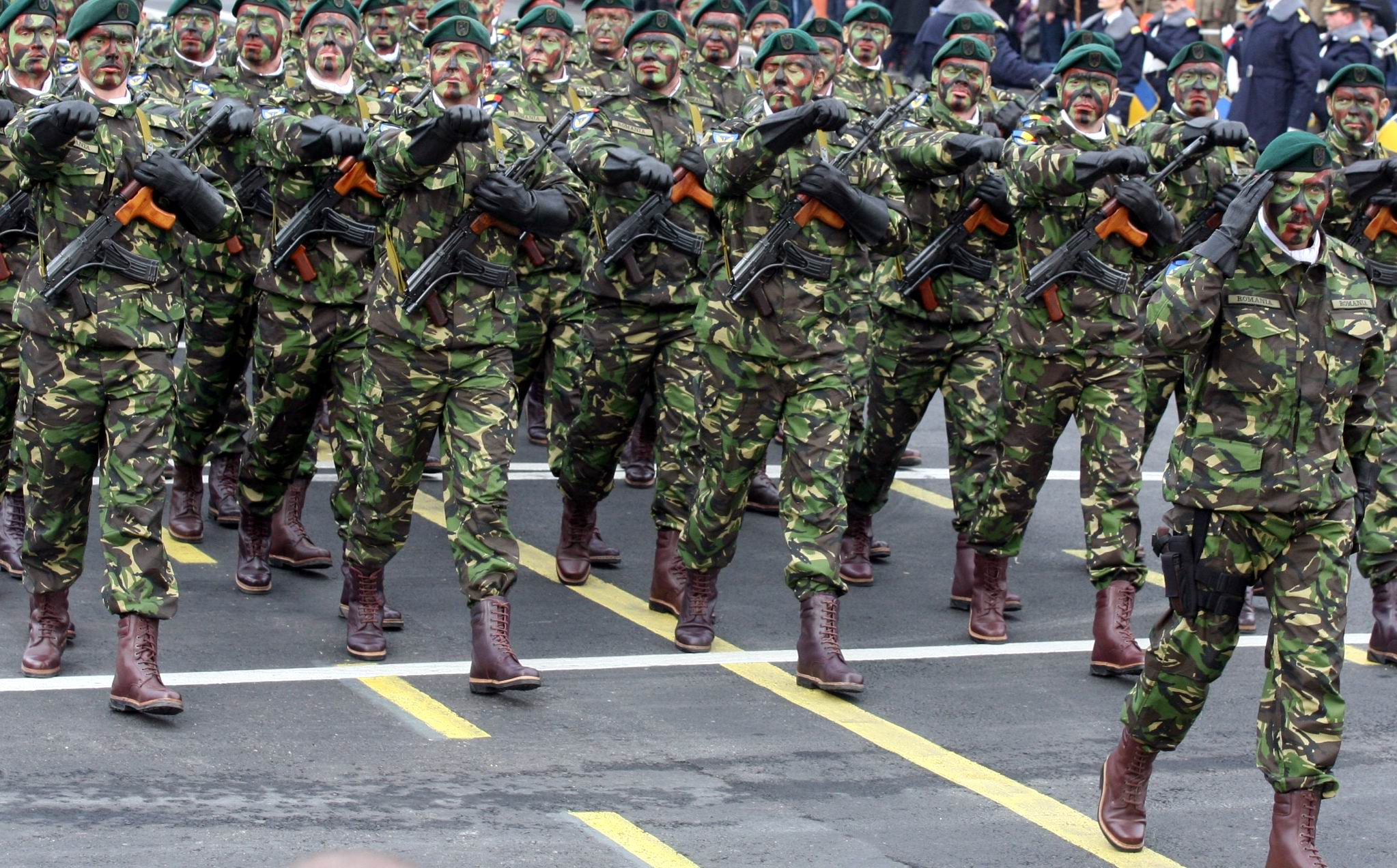 1.516 posturi de militar devin vacante în Armata Română