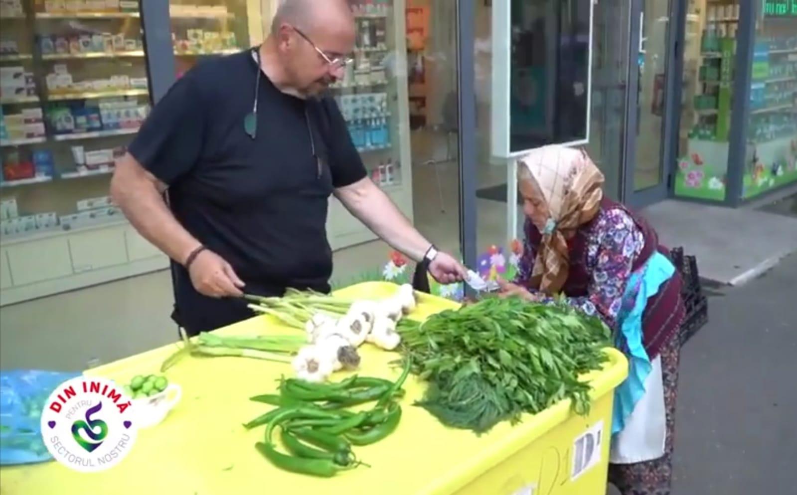 Piedone a ajutat o mamaie care vindea corcodușe și pătrunjel