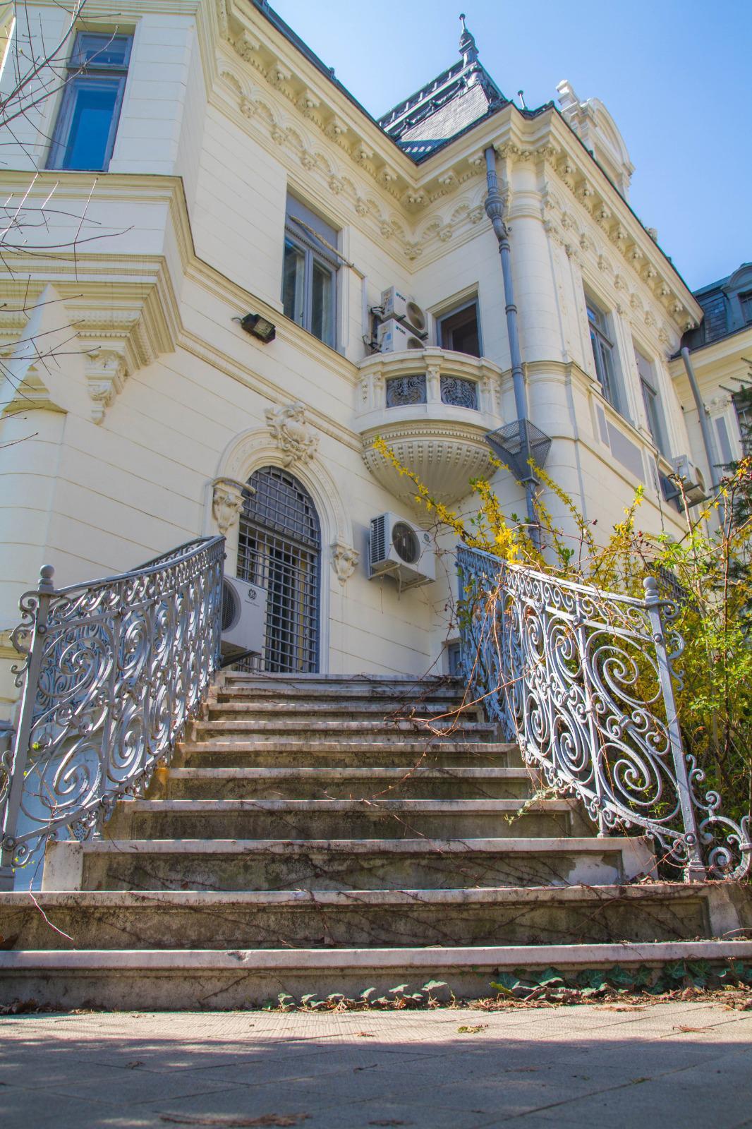 palatul, maurice blank, astăzi.