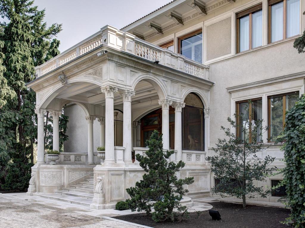 Palatul, primaverii