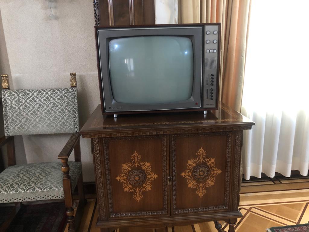televizorul, sotilor, ceausescu