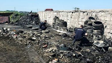 Photo of Un tir cu anvelope uzate a fost descărcat într-un depozit ilegal de lângă București. Acestea urmau să fie incinerate