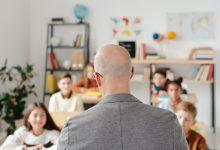 Photo of Elevă sechestrată de un profesor, după ce ar fi băut în clasă. Totul s-a petrecut la o școală de lângă București