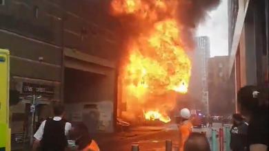 Photo of Explozie și incendiu de proporții în apropierea unei stații de metrou din Londra. Norii negri de fum au cuprins centrul capitalei Angliei (VIDEO)