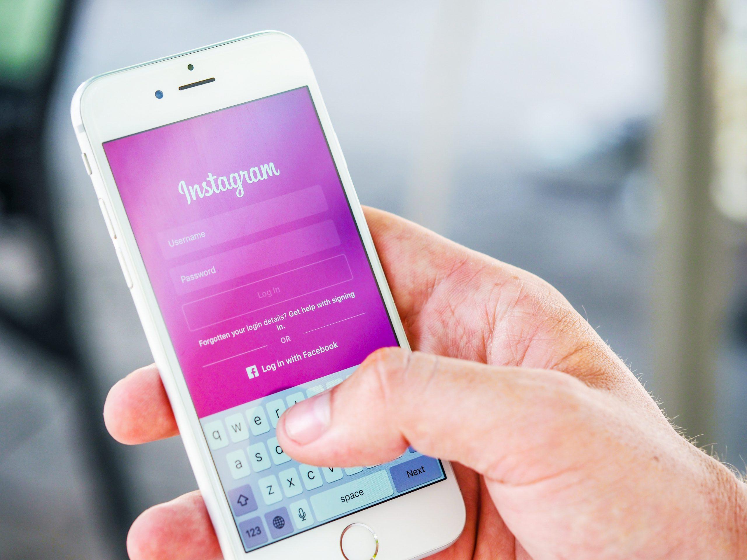 """Mare grijă la mesajele primite pe Instagram. Alertă CERT-RO: """"Evitați accesarea unor astfel de link-uri"""""""