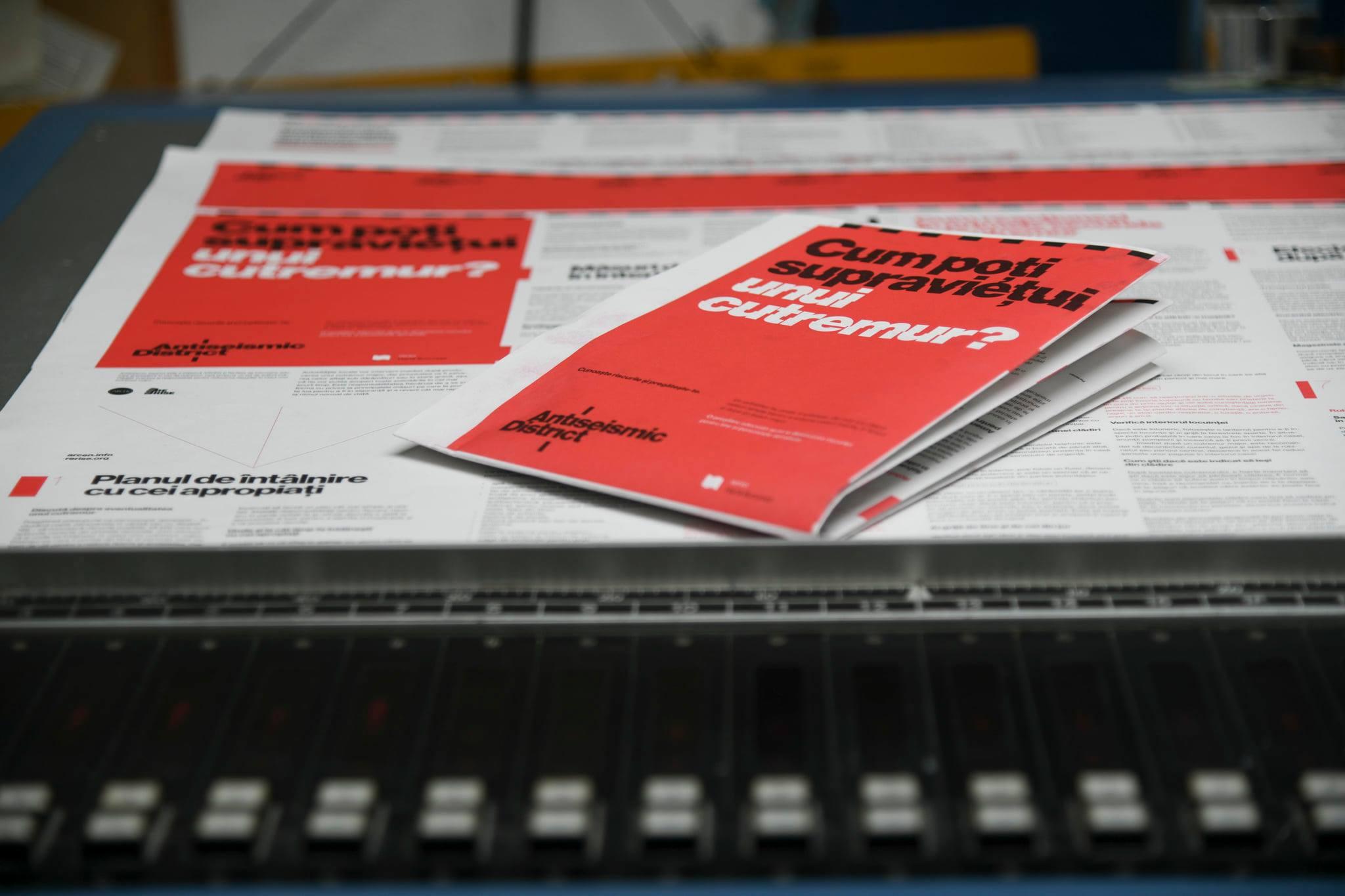 În București urmează să fie tipărit primul ghid tipărit de supraviețuire după un cutremur