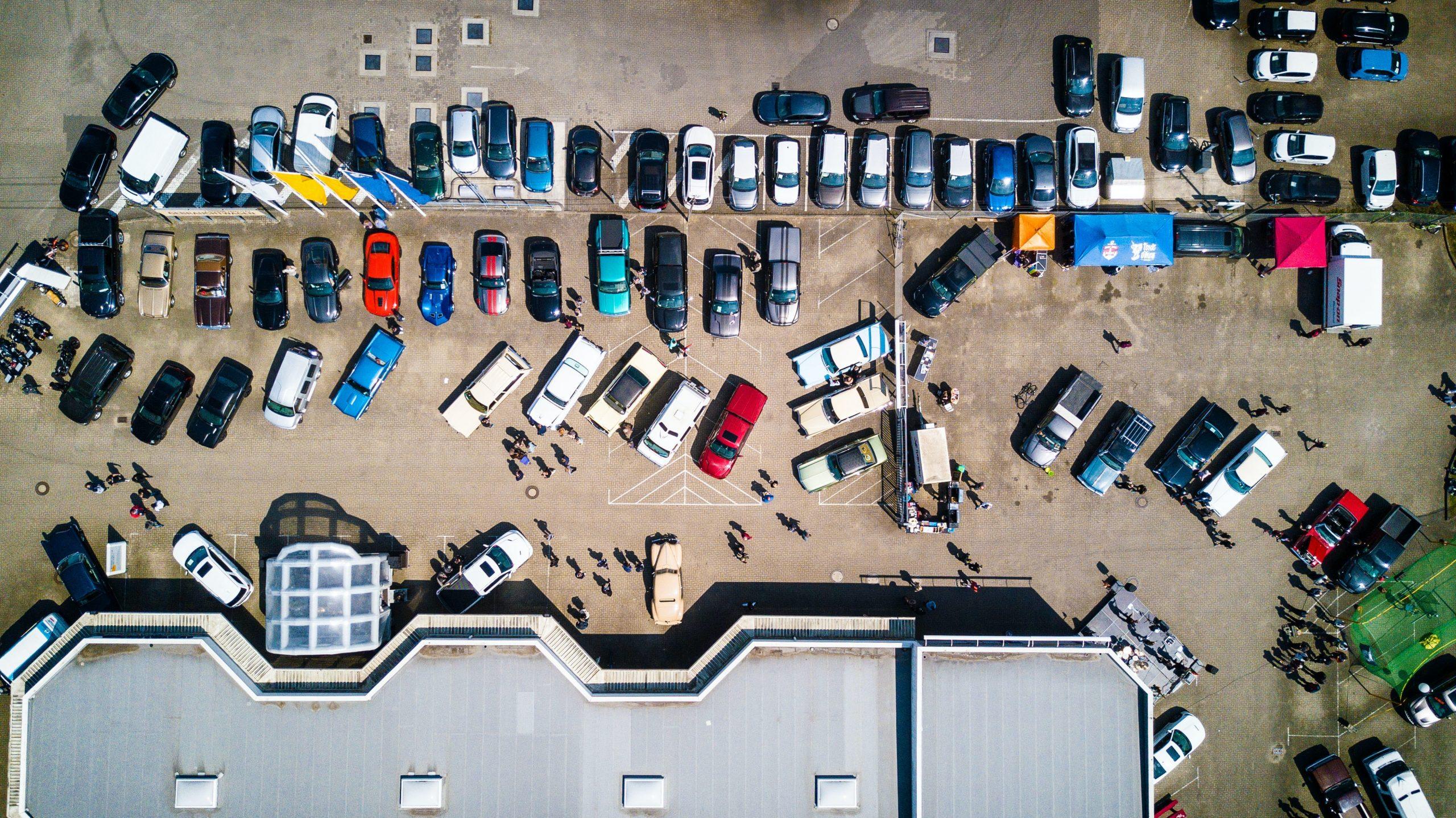 În București e cea mai scumpă parcare din țară. Cât costă? Păi, în 5 ani, alegi: ori parchezi câteva ore pe zi acolo, ori îți iei casă