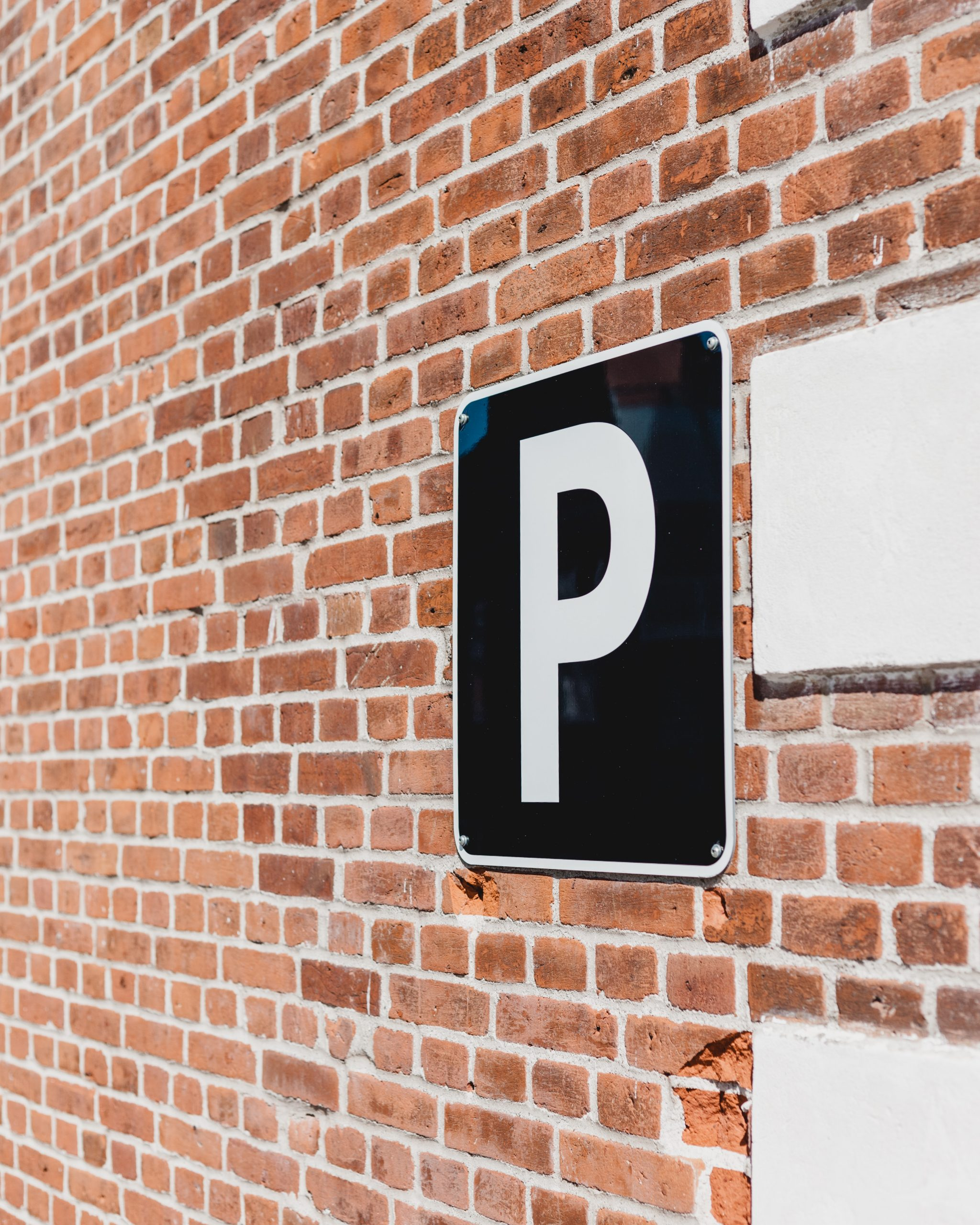 Parcări supraterane în S5. Primăria Sectorului 5 anunță licitația proiectelor