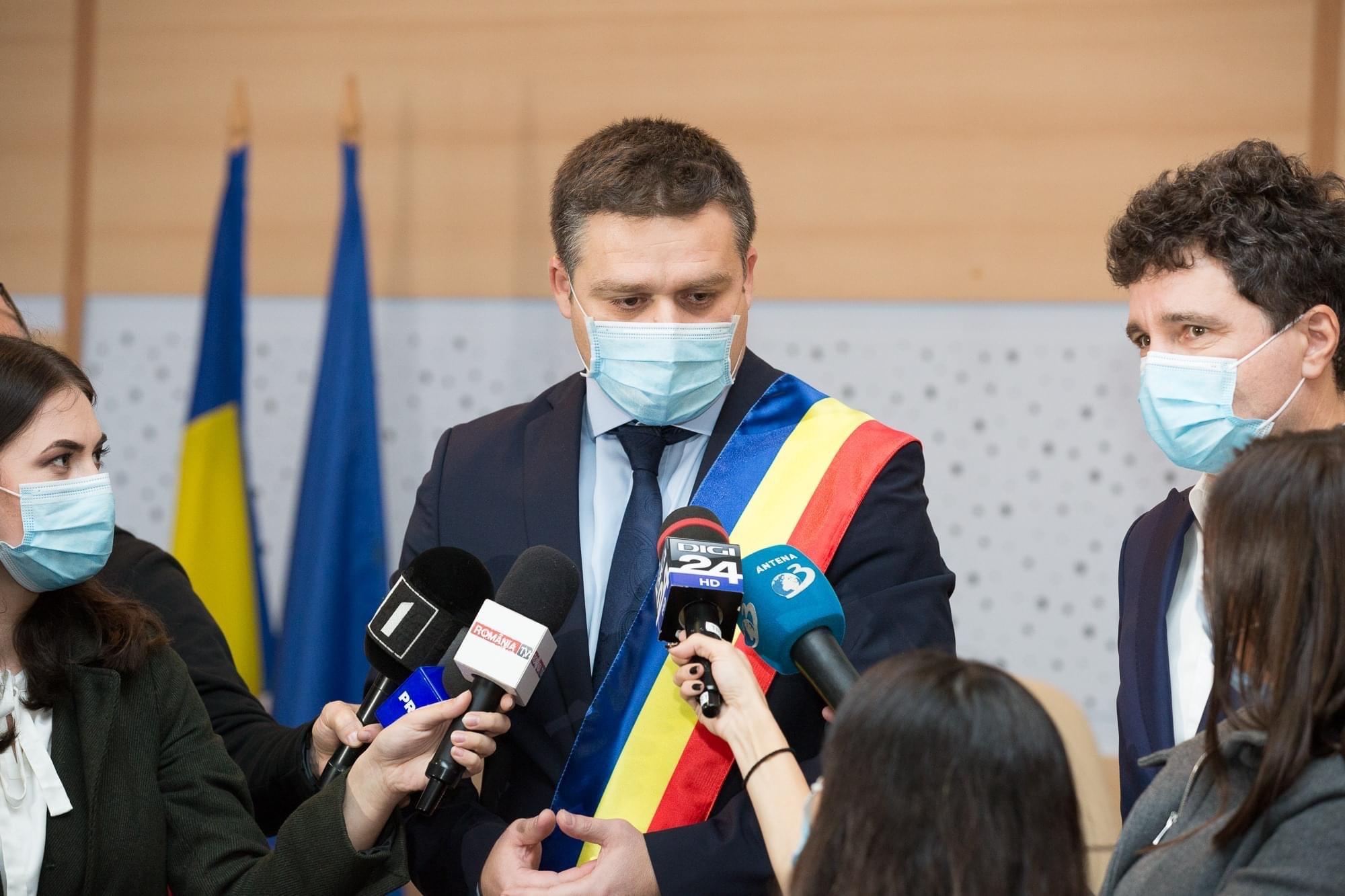 Ciprian Ciucu a câștigat alegerile pentru șefia PNL București. Primarul Sectorului 6 a învins-o pe Violeta Alexandru