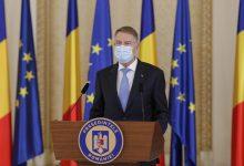 Photo of Klaus Iohannis a promulgat legea care prevede creșterea ajutoarelor sociale