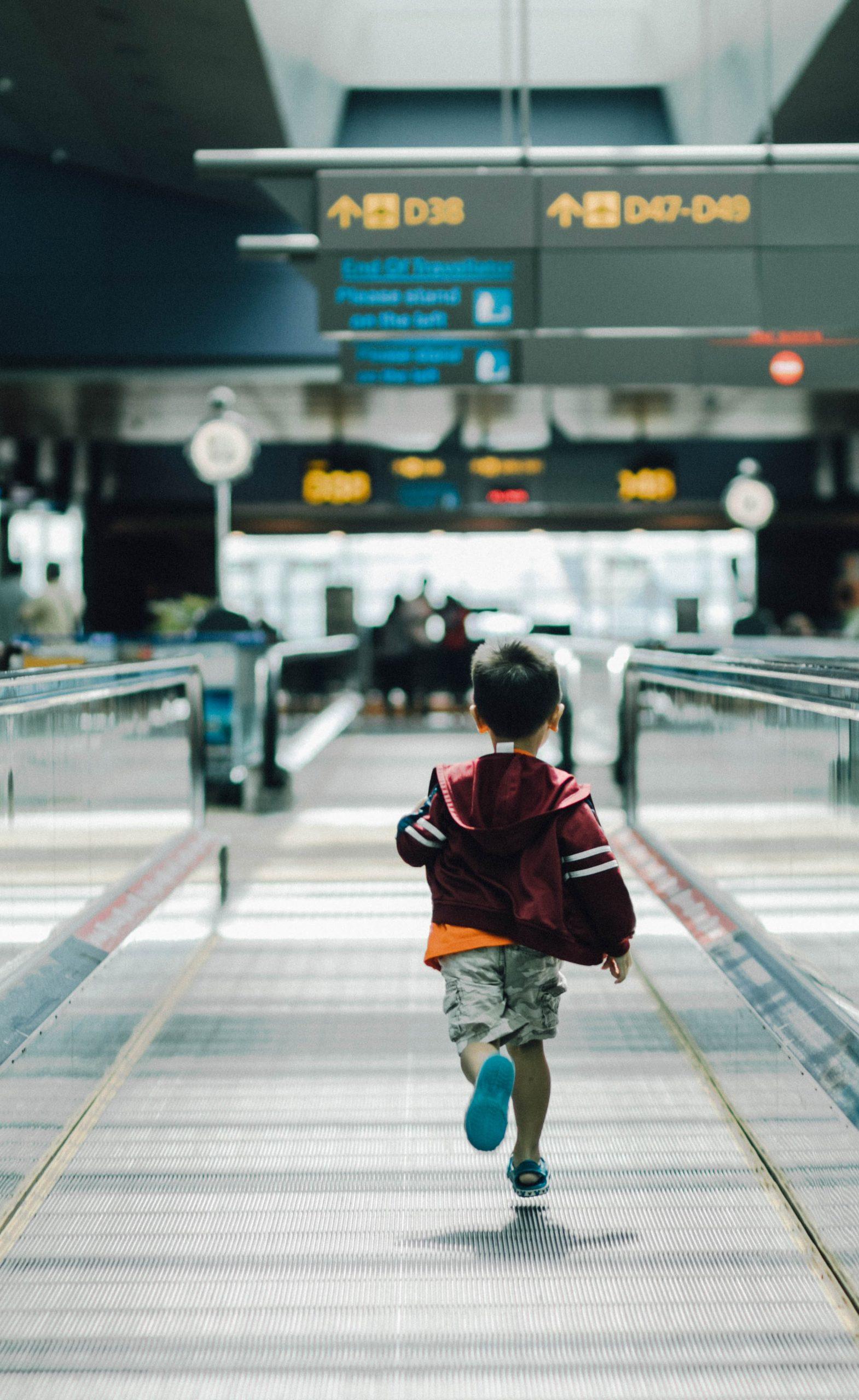Ce acte sunt necesare pentru ieșirea din țară cu un minor