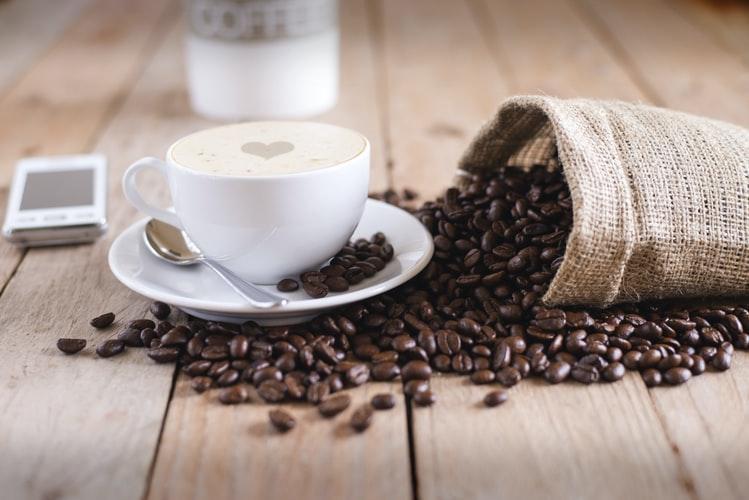 9 motive pentru care cafeaua consumată în cantităţi rezonabile este benefică pentru organism (P)