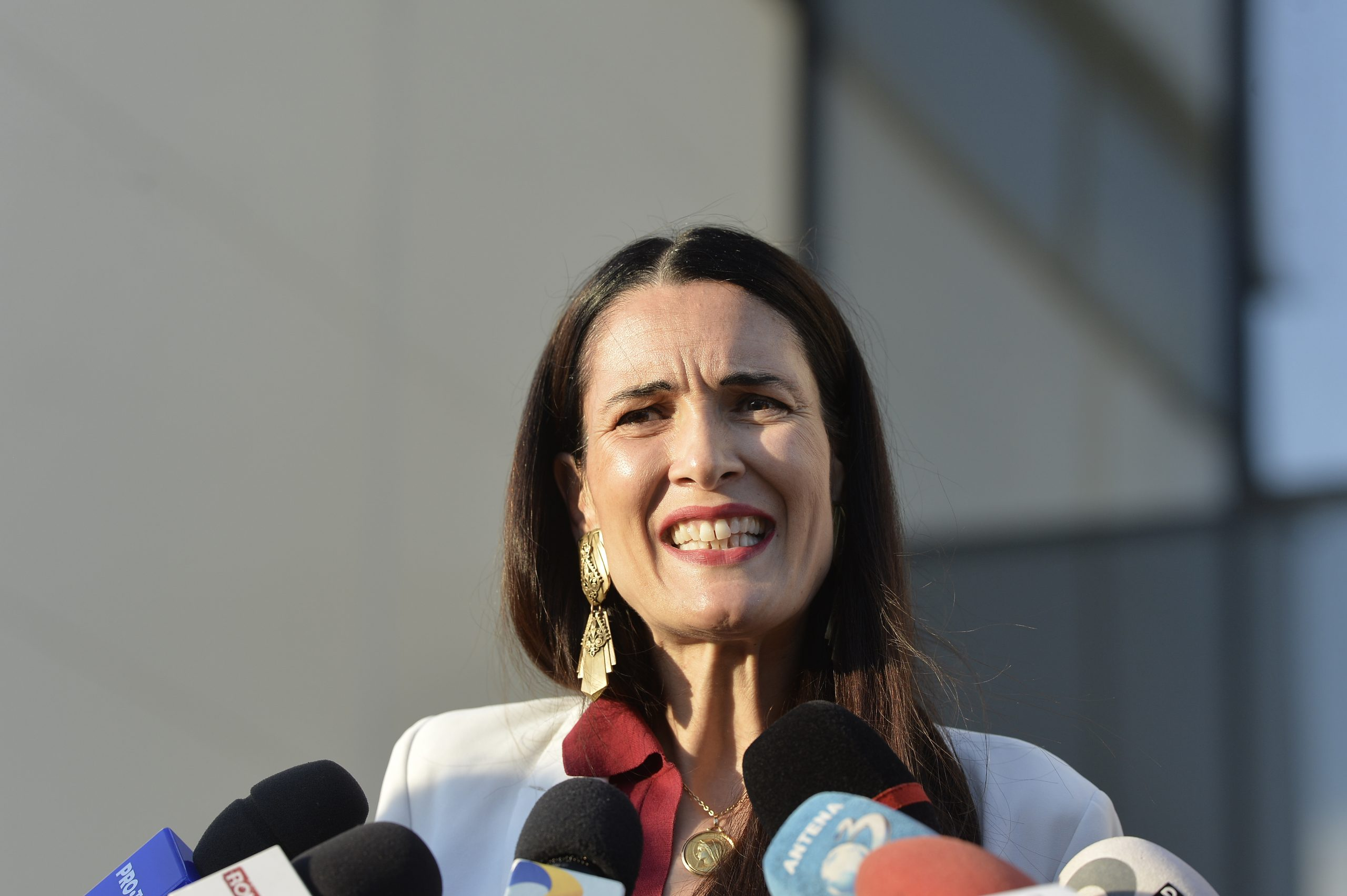 Primarul Clotilde Armand face apel la consilierii locali din Sectorul 1 să o mandateze pentru rezilierea în justiție a contractului cu Romprest