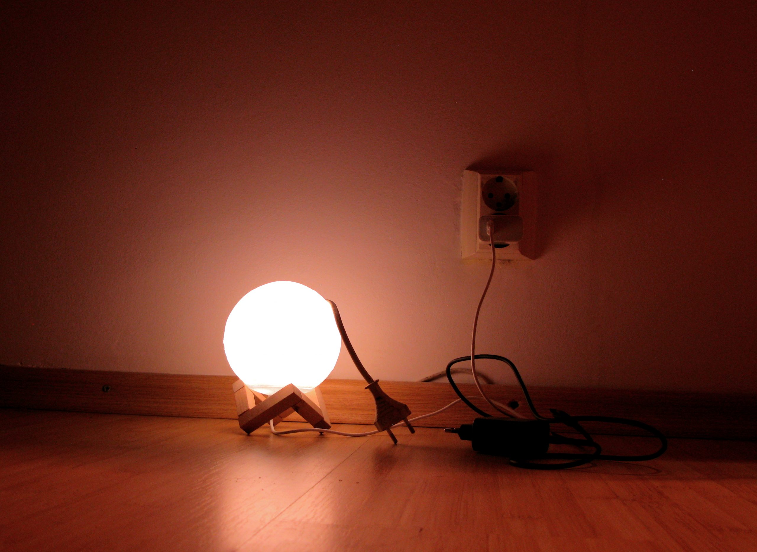 Unde se ia curentul în București, Ilfov și Giurgiu în următoarea săptămână. Lista completă a zilelor fără electricitate în mijlocul verii
