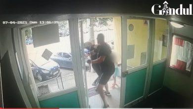 Photo of Femeie din București bătută de un vecin în fața fetiței sale. 80 de femei sunt agresate fizic zilnic în România   VIDEO