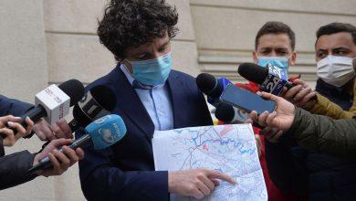 Photo of Nicușor Dan anunță al patrulea tratament anti-țânțari din 2021 și lumea a ieșit la bâză pe Facebook: M-am speriat, am crezut ca începe Al Patrulea Val