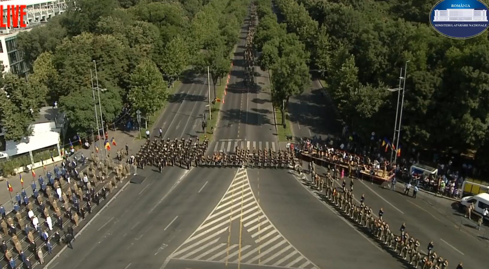 De-asta e haos în traficul din Nordul Bucureștiului. Ceremonii pentru militarii întorși acasă din misiunea în Afganistan LIVE VIDEO