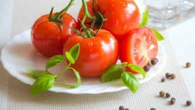 Photo of Și tu ai mâncat la prânz salată de roșii românească? Află că este mâncarea europeană de vară cu cele mai puține calorii