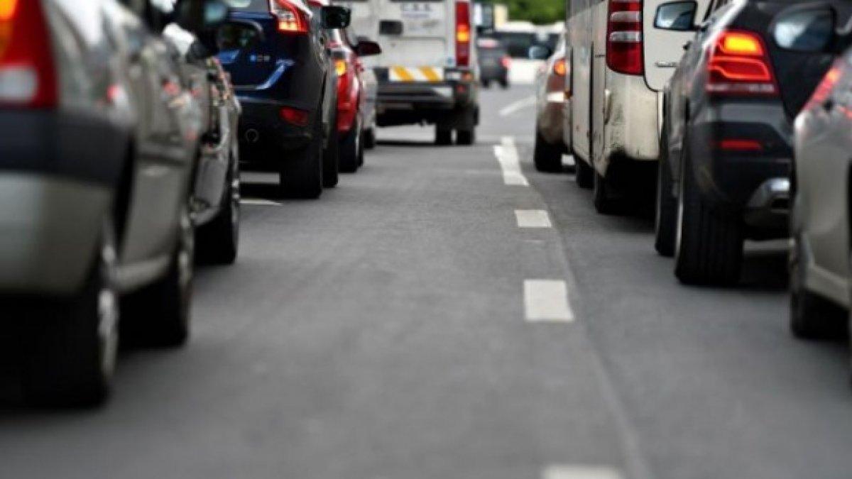 Acum începe haosul în traficul din București! Restricții majore de circulație în Capitală cu ocazia Zilei Imnului Naţional