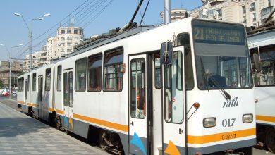 Photo of Încă un tramvai deraiat în București aseară. Șocant este că a început să meargă pe asfalt după ce a sărit de pe șine