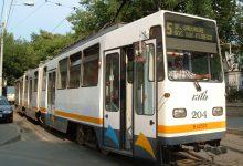 Photo of Accident grav în București. Un autobuz STB și un tramvai s-au ciocnit în zona Liberty Mall din Capitală