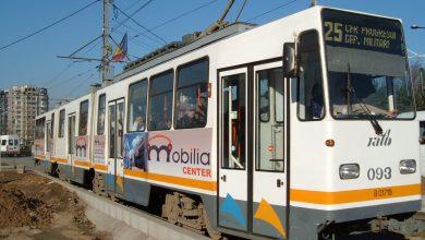 Photo of Tramvaie blocate pe șine în București. Circulația a fost reluată UPDATE