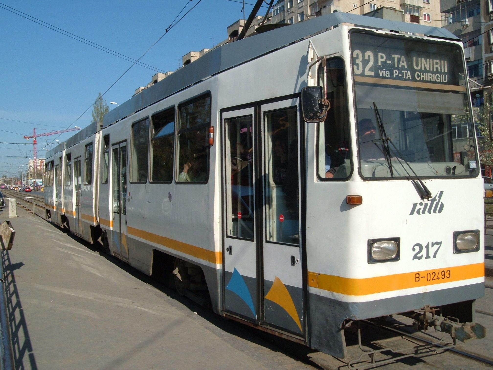 tramvaiul 32