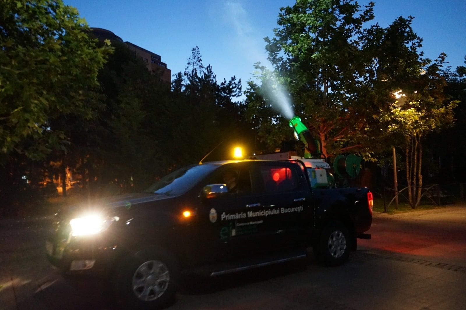 Duminică începe un nou tratament împotriva țănțarilor din București