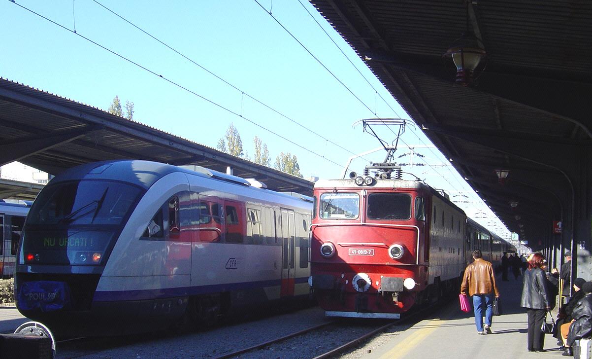 Pleci spre mare cu trenul din București? Atenție, vor mai fi întârzieri!