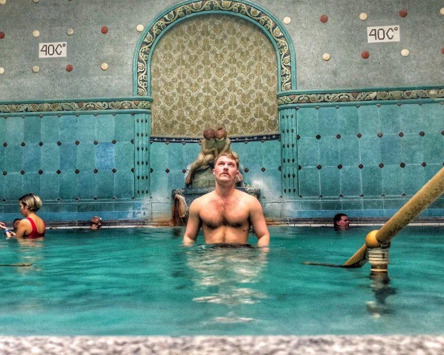 piscina, budapesta