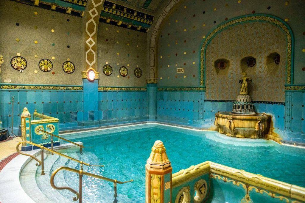 piscina, ungaria