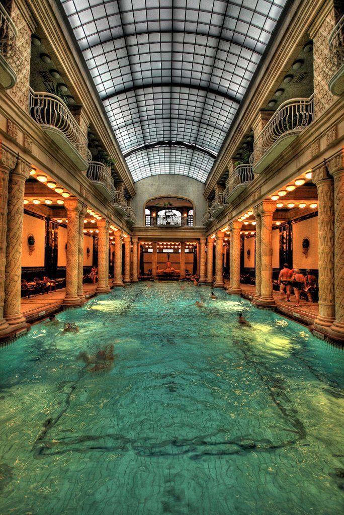 piscina, sebestyen, budapesta