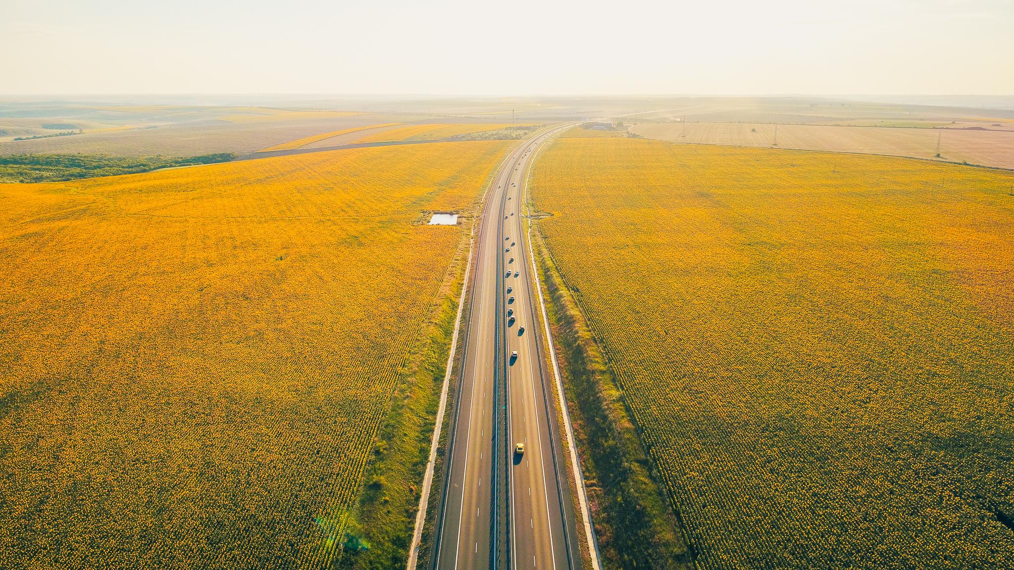 Alertă în trafic. În acest weekend sunt în vigoare restricții pe A2 și pe alte trei drumuri naționale. În ce intervale de timp se aplică restricțiile