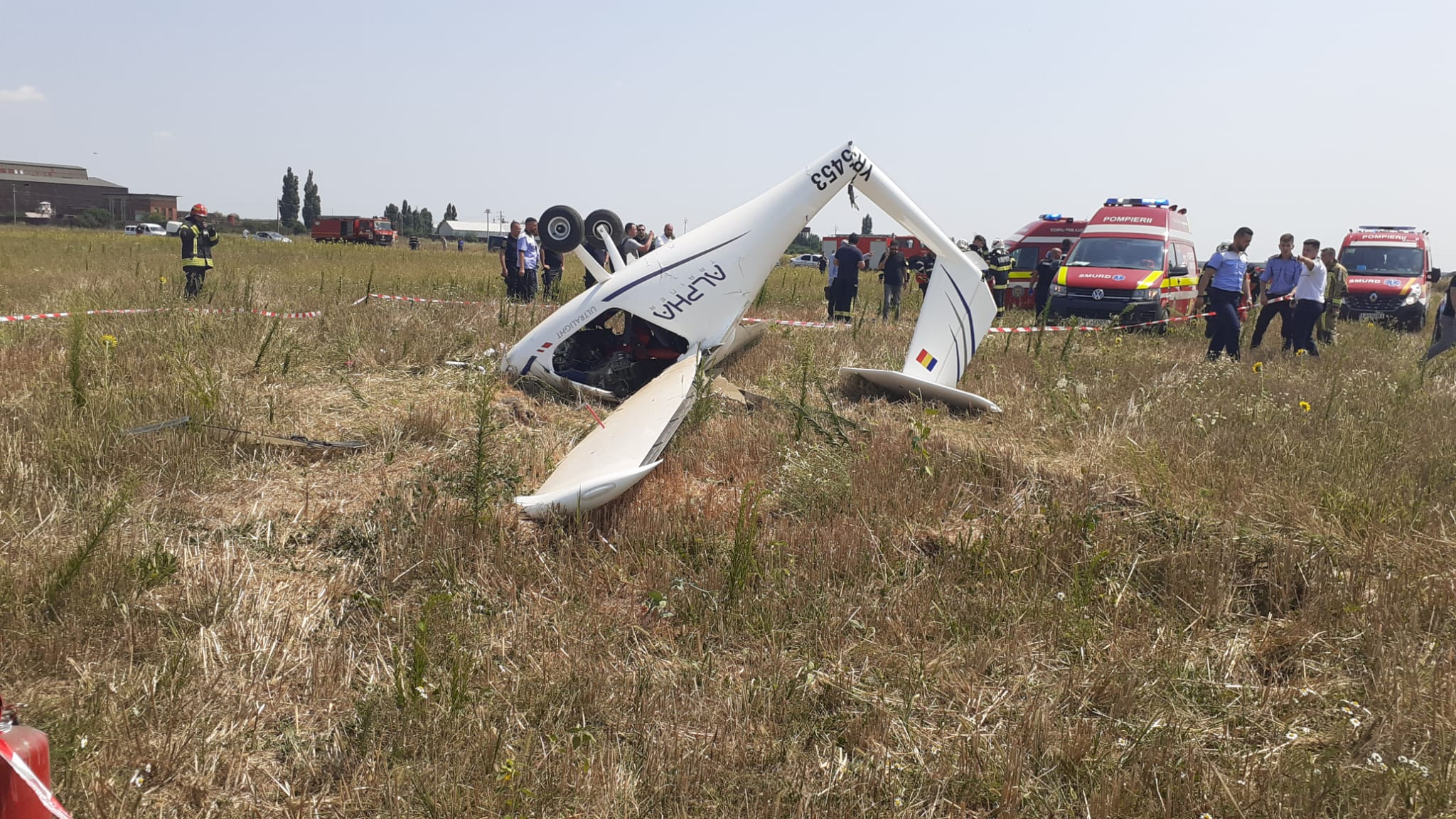 BREAKING NEWS   Accident aviatic lângă București! Un avion s-a prăbușit în Chitila   VIDEO