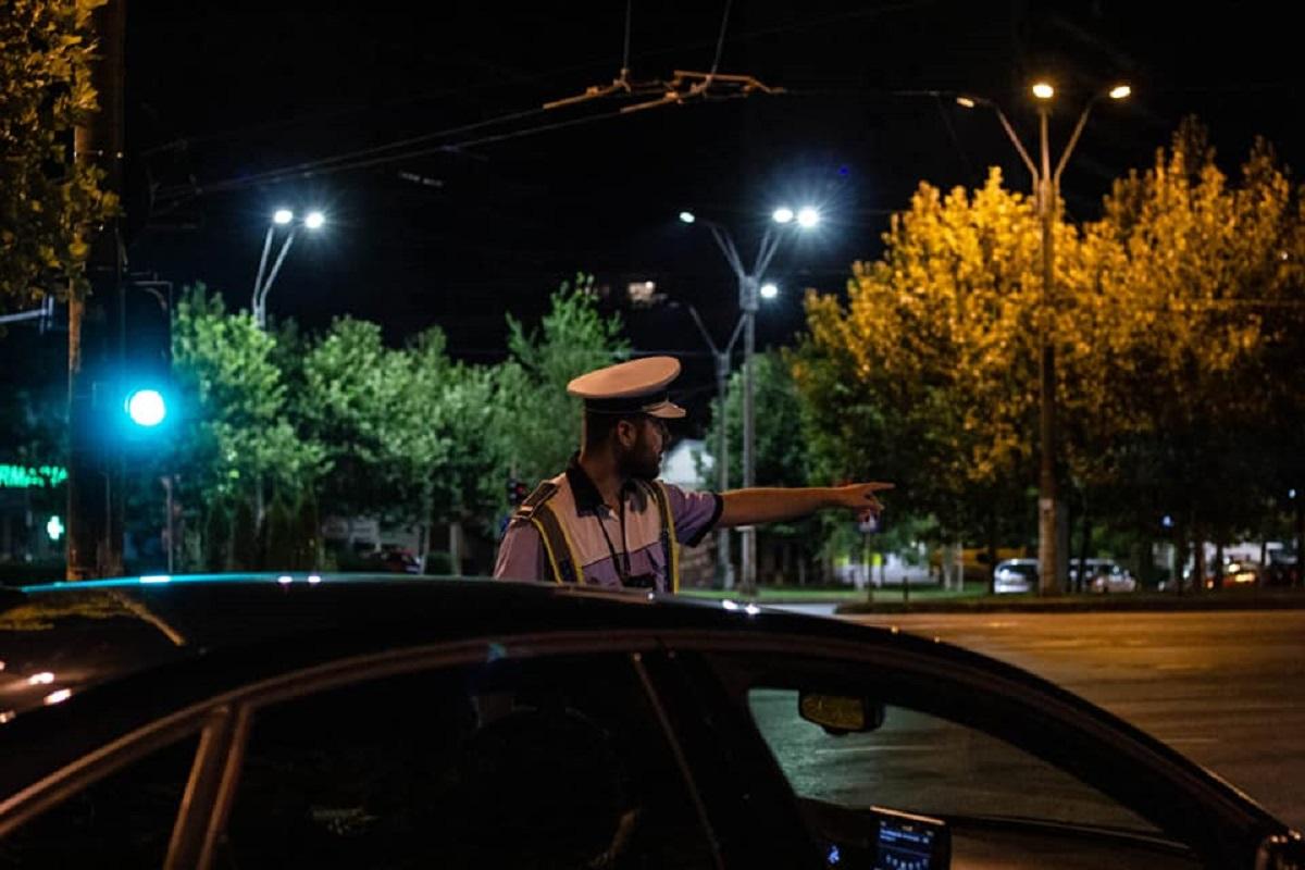 Un bărbat a fost reținut după ce a refuzat să oprească mașina și a fugit. Ce au descoperit polițiștii din București