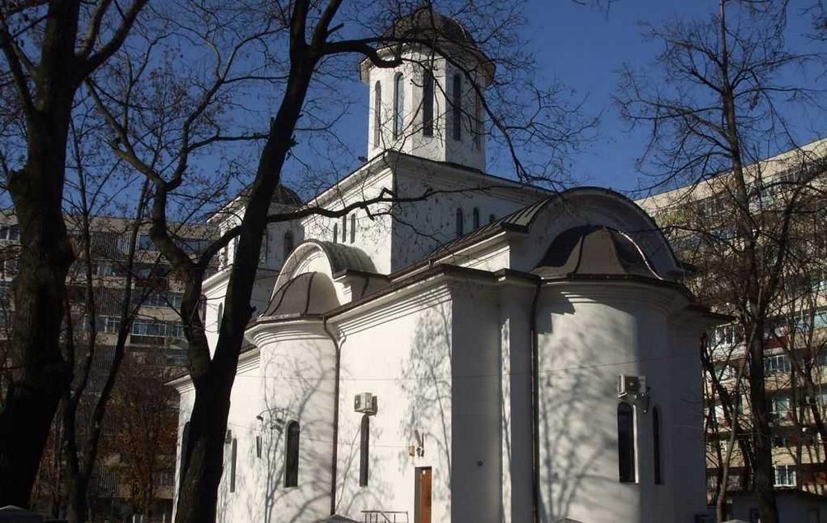 Se deschide o nouă biserică în București. Lăcașul Sfântul Mercurie din Titan va fi sfințit duminică. Pictura a fost realizată în 10 ani, doar în tehnica mozaicului
