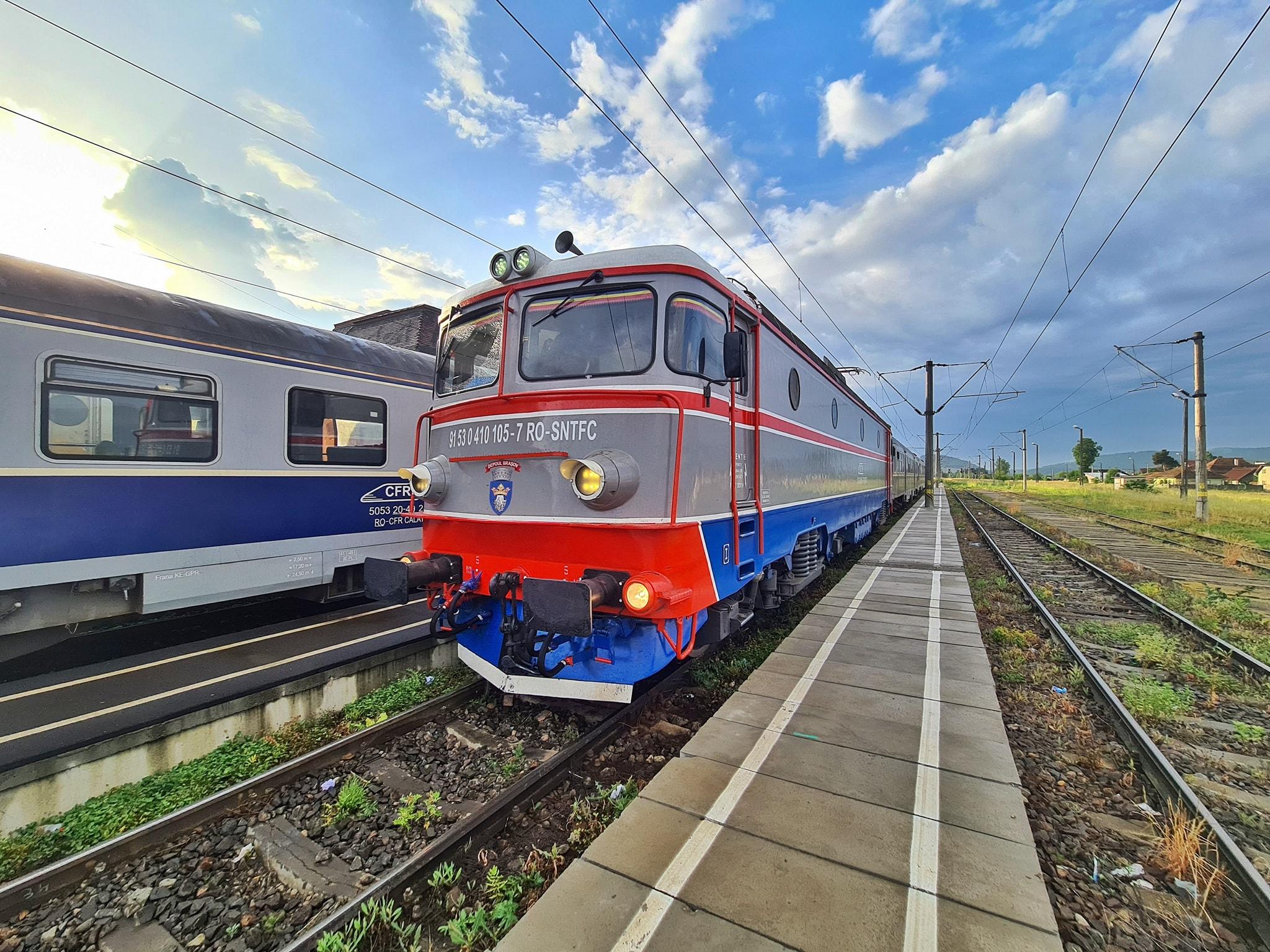 CFR călători suplimentează trenurile de Sfânta Maria, în weekend. Se anunță aglomerație la munte și la mare