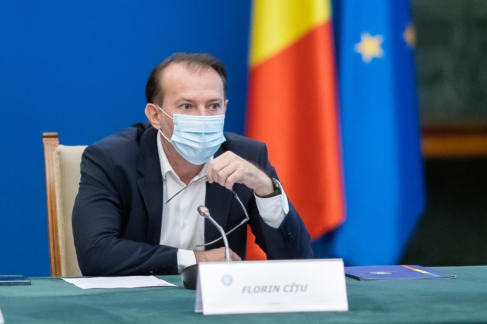 """Florin Cîțu vrea vaccinarea sau testarea personalului din învățământ, sănătate sau ordine publică. """"Vom discuta și în coaliție"""""""
