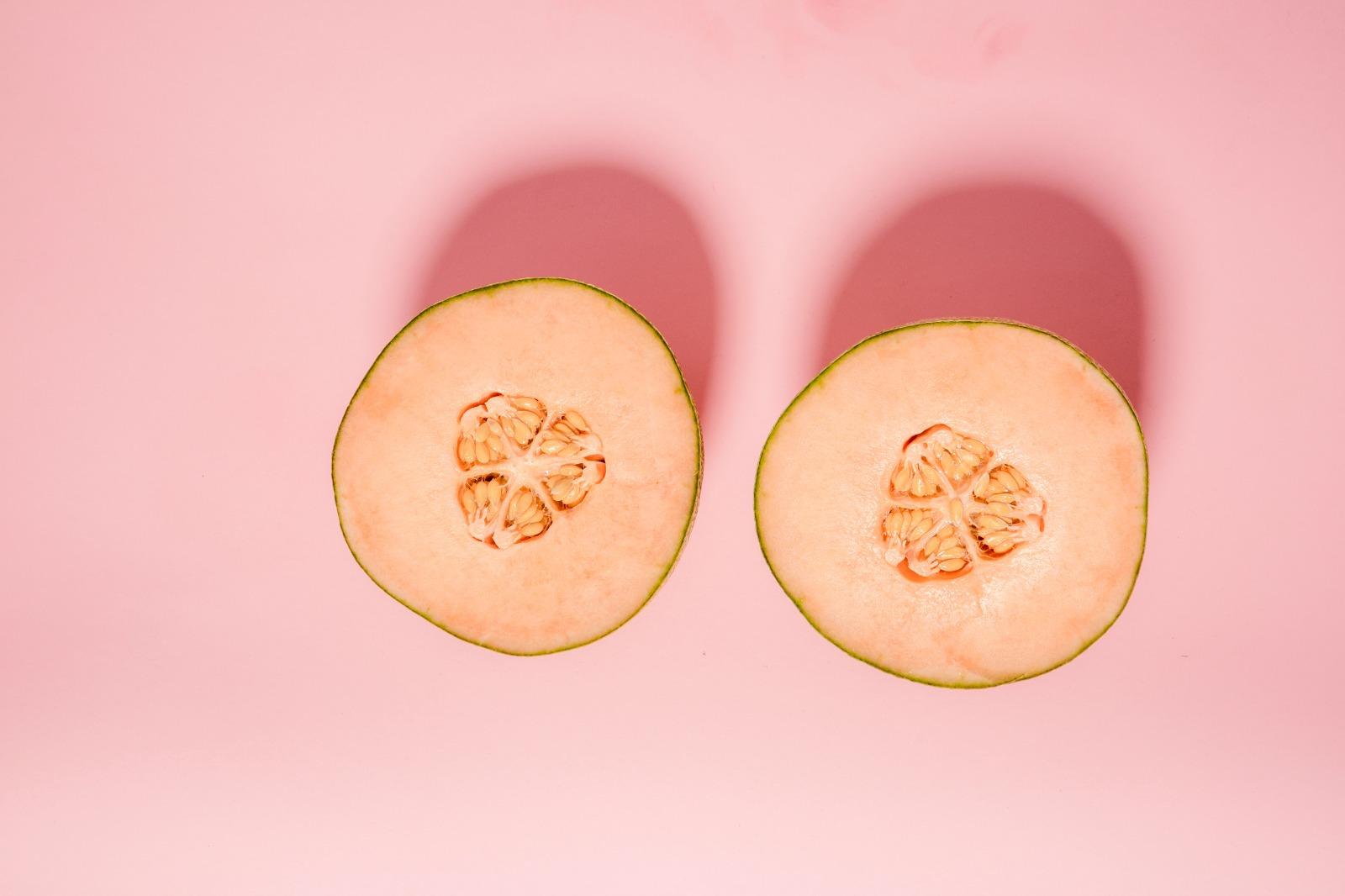 Un medic demontează miturile despre silicoane. Marilyn Monroe, autorul moral al cursei pentru modificarea sânilor