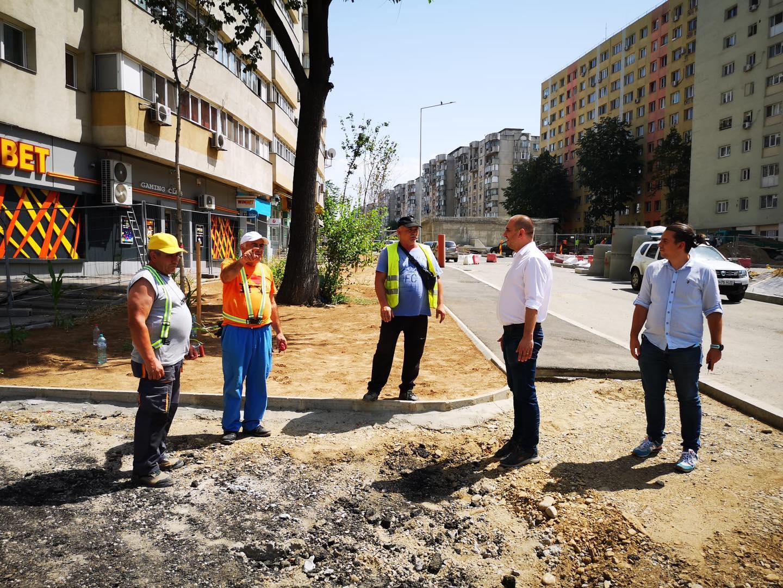 """Radu Mihaiu a vizitat luni șantierul de la Doamna Ghica. """"Luna aceasta se vor finaliza toate lucrările la sol și se va deschide circulația"""""""