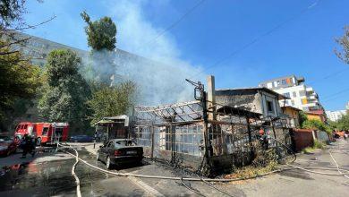 Photo of BREAKING | Incendiu violent la terasa unui restaurant din Sectorul 3 al Capitalei. 7 echipaje de pompieri se luptă cu flăcările FOTO & VIDEO