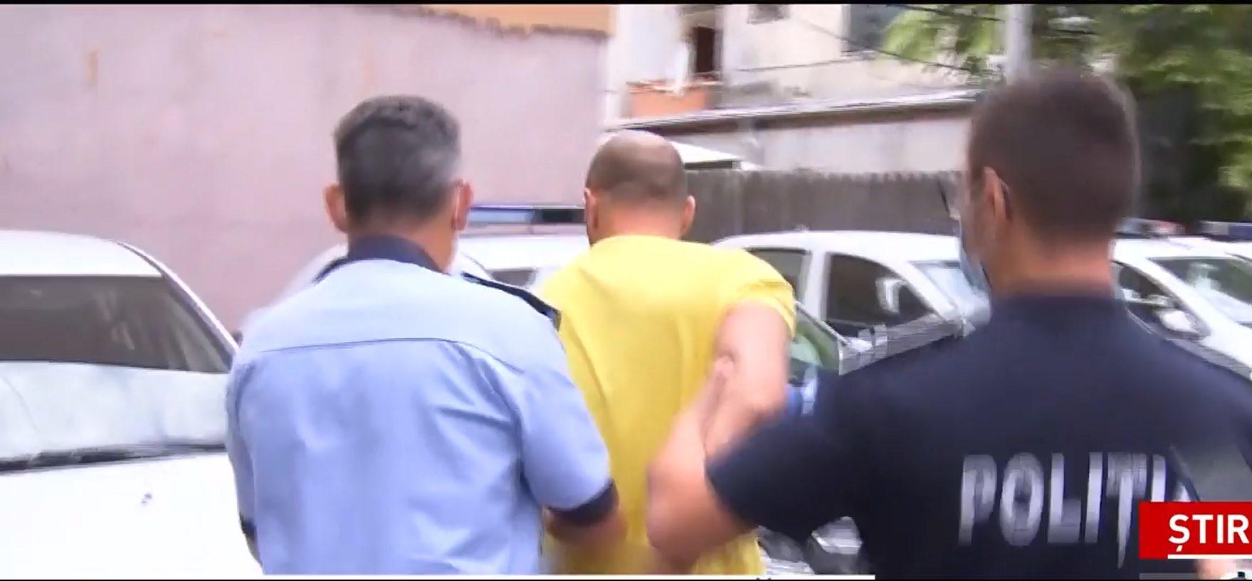 Bărbatul urmărit de poliție în București a fost reținut. Se pare că nu avea permis de conducere