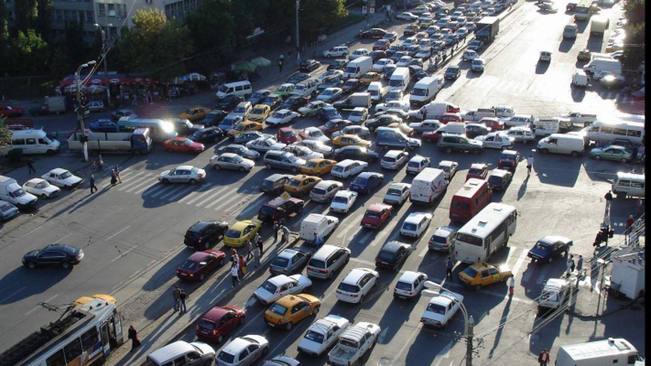 Apare un nou semn de circulație în București cu amenzi de 725 de lei dacă-l greșești. În următoarele luni o să fie vizibil pe toate bulevardele